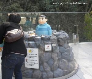 Patung Giant di Museum Doraemon