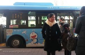 Bus Menuju Museum Doraemon