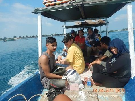 wisata pulau seribu jakarta underwater beach