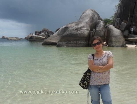 pantai tanjung tinggi belitung 11-1