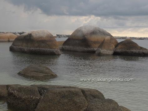 pantai tanjung tinggi belitung 3-1