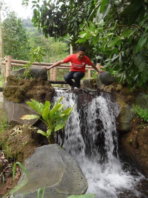 trekking taman safari puncak 21