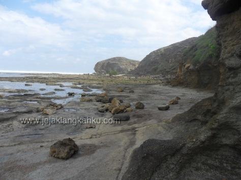 batu payung lombok 2