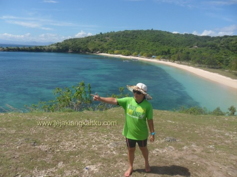 pantai pink lombok 9