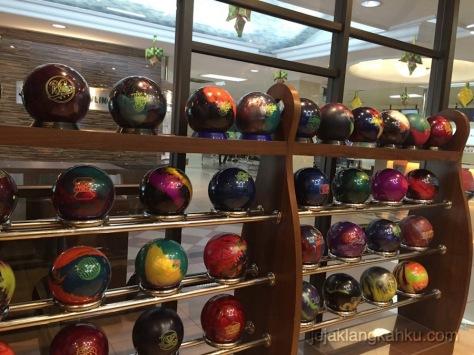 ancol bowling jakarta 8-1