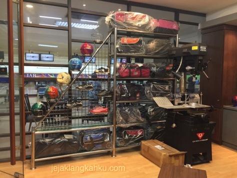 ancol bowling jakarta 9-1