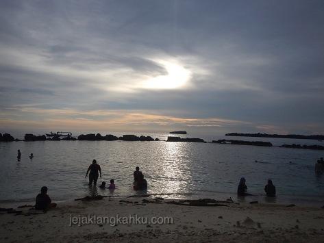 pulau bulat kepulauan seribu 8